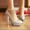 婚鞋,敬酒服蓬蓬裙转让