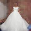 转质量超好的婚纱,礼服,龙凤卦,礼炮等