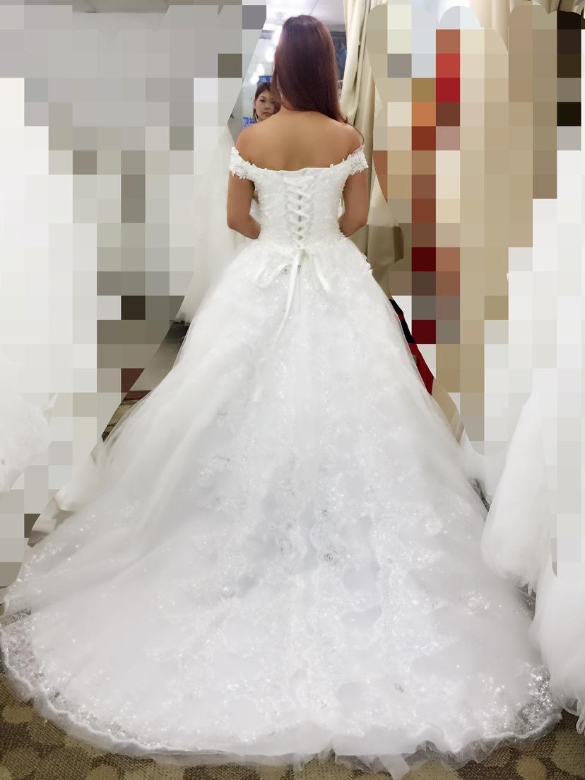 婚纱一件_婚纱情侣头像